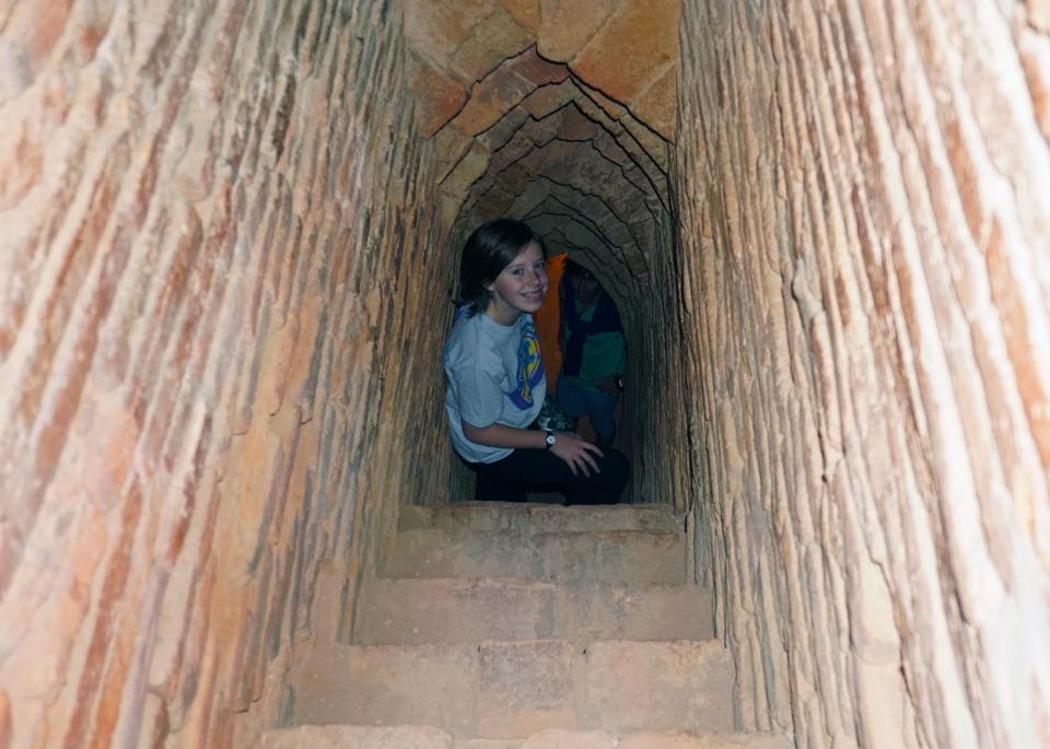Leap_Hop_Blog_Myanmar_bagan_temple_Mae
