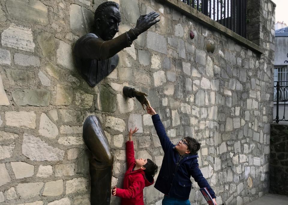 Leap_Hop_Blog_Paris_Passe_Muraille