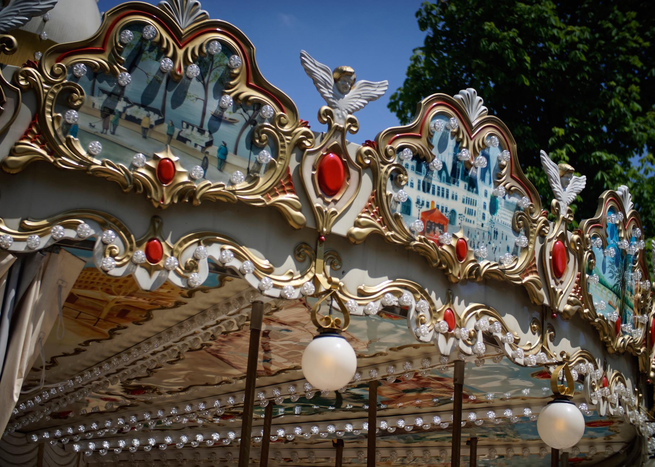 Travel Kids Paris Carrousel